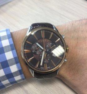 Часы Roamer