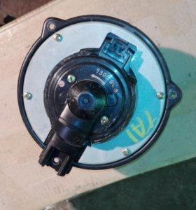 Моторчик печки Honda Avancier TA1