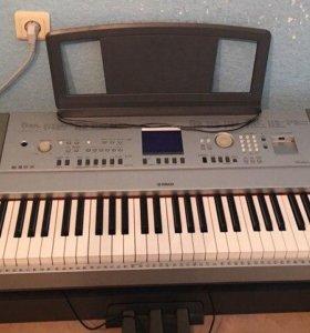 Продам пианино Yamaha DGX-640