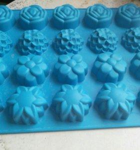 Формочки силиконовые для мини-кексов