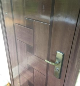 Двери бу