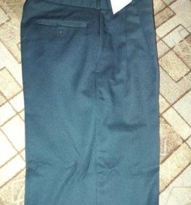 Новые мужские брюки р.46-48