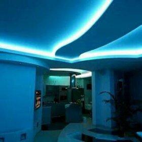Натяжной потолок с подсветкой арт 79