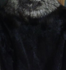 Продам норковую шубу ( Италия)