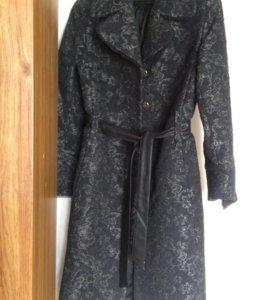 Пальто новое демисезон