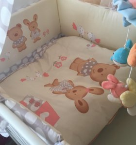 Балдахин бортики в кроватку и постельное белье
