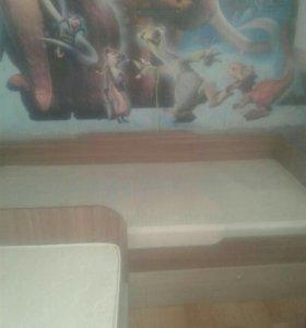 2 детские кровати