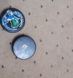 Шайбы новые для хоккея