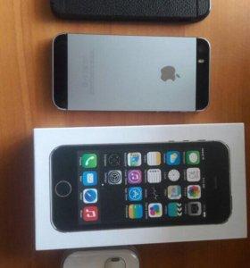 iPhone 5s/32 + новый чехол