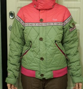 Куртка спортивная зимняя лыжи/сноуборд