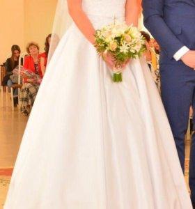 Свадебное платье 42-44 р.