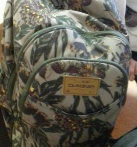 Мальчик с портфелем в подарок
