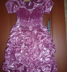 Новое платье. 104 см.
