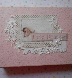 Фотоальбом для новорожденного или новорожденной