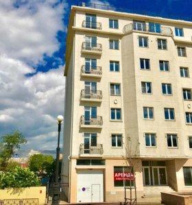 Квартира, 3 комнаты, 141 м²