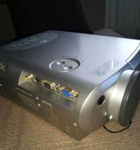 Проектор Toshiba TLP-260