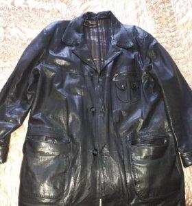 Натуральная кожанная куртка   бу