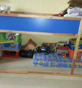 Кроватка -чердак Икеа с матрасом