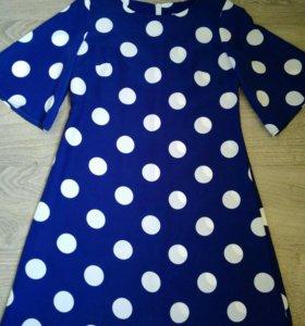 Платье новое 42 размер.