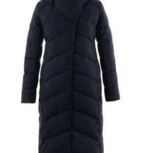 Новое зимнее пальто на файбертеке. 46 размер.