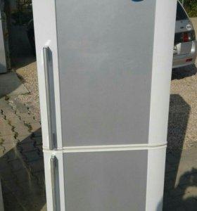 Холодильники б/у.