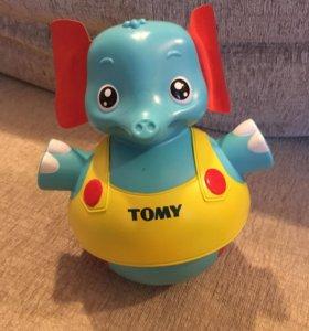 Слоник-неваляшка Тоmy