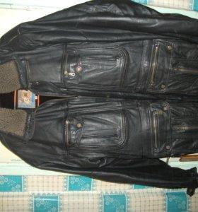 Куртки,ветровки.