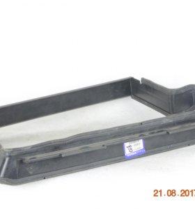 Рамка радиатора Volvo 940 740 960 S90 3543711