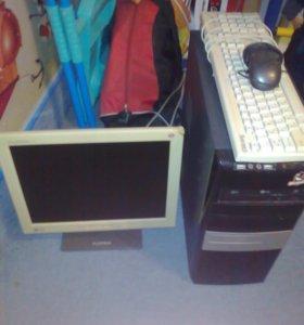Продам ПК (системный блок,монитор,мышка с клавой)