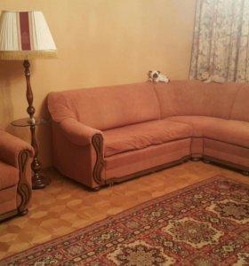 Мягкая мебель (диван с креслом )