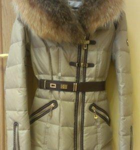 Продам новое зимнее пальто с натур.мехом НОВОЕ!