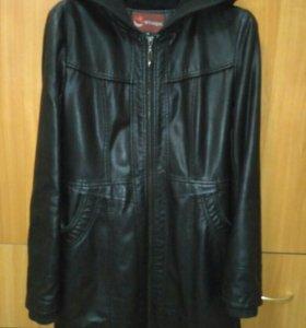 Куртка кожаная M