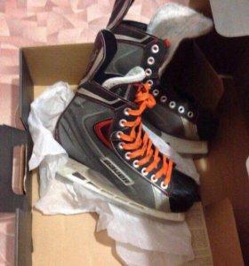 Хоккейные коньки Bauer x30