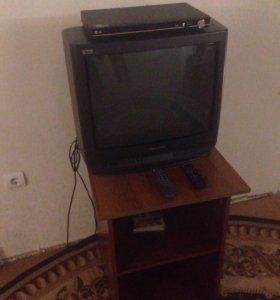 Телевизор и плеер
