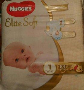 Подгузники HUGGIES 1 до 5 кг упаковка 84 штуки