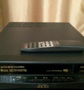 Видеоплеер Akai VS-R120EDG с пультом ДУ