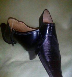 Новые туфли,полуботинки