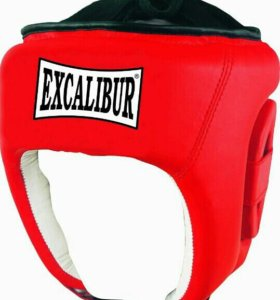 Шлем для занятия боксом.