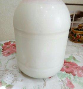 Молоко домашнее 150 руб за 3х лит. Б