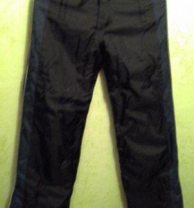 Зимние спортивные штаны в хорошем состоянии