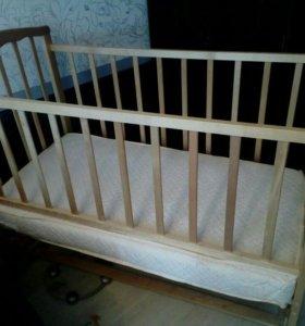 Кроватка маятник с матрасом