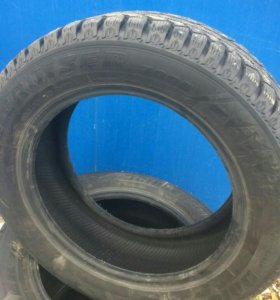 Зимние шины 185/60/15 Bridgestone ice cruser 7000
