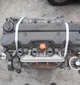 Двигатель для HONDA CIVIC.