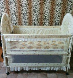 Очень красивая кроватка.торг