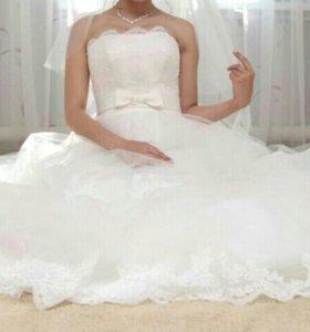 Красивое свадебное платье цвета айвори!!!!