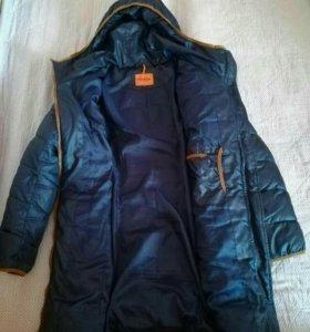 Пальто на синтепоне с капюшоном