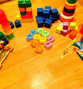 Сортер,пирамидка,лабиринт,кубики(цена за все)