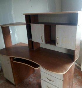 Компютерный стол