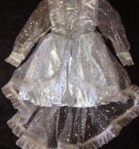Платье новогоднее для девочки ,размер 34