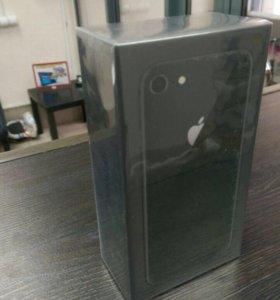 iPhone 8 64gb новые!